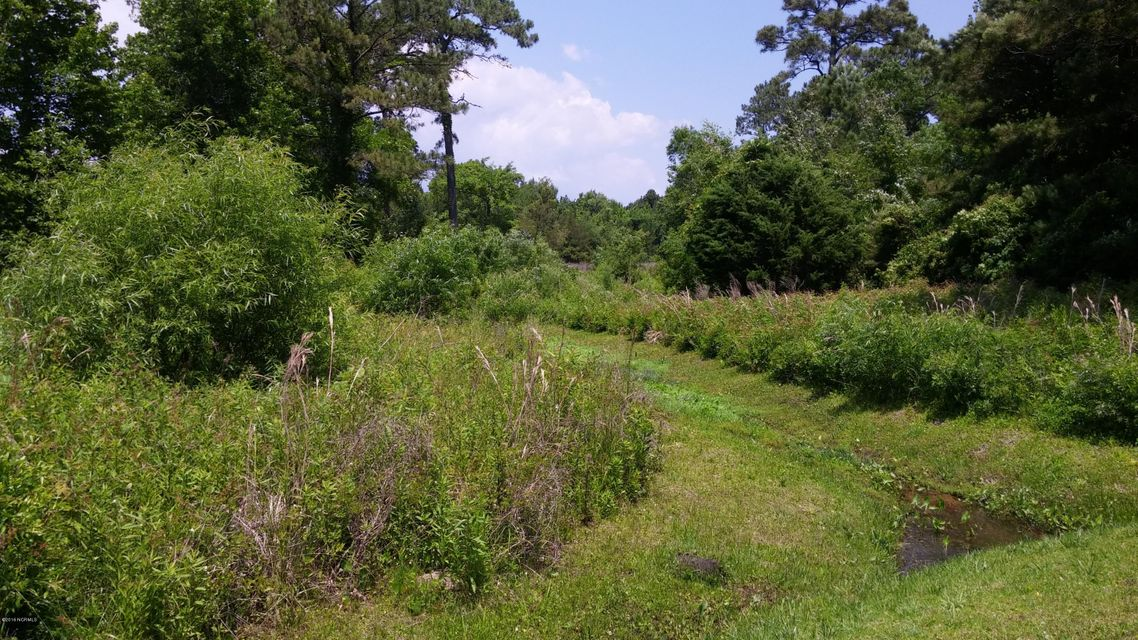 331 Chadwick Shores Drive, Sneads Ferry, NC 28460