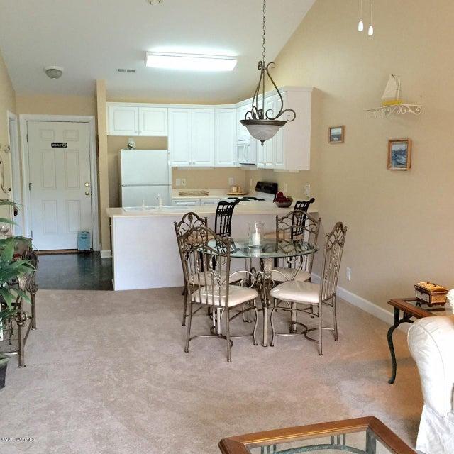 The Village at Southport Real Estate - http://cdn.resize.sparkplatform.com/ncr/1024x768/true/20160607133730733150000000-o.jpg