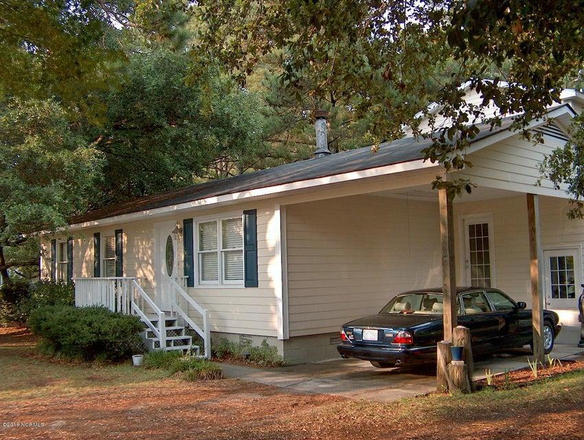 109 Bogue Drive, Newport, NC 28570