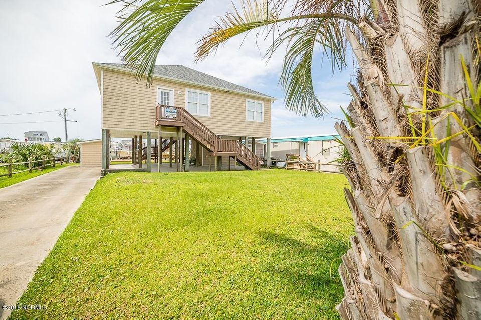 105 N Shore Dr 1 Drive, Atlantic Beach, NC 28512