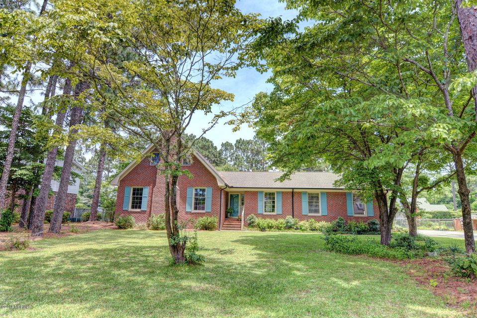 4525 W Cascade Road, Wilmington, NC 28412