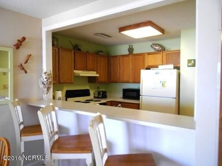 The Riggings Condominium Real Estate - http://cdn.resize.sparkplatform.com/ncr/1024x768/true/20160711170229321865000000-o.jpg