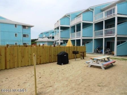 The Riggings Condominium Real Estate - http://cdn.resize.sparkplatform.com/ncr/1024x768/true/20160711170238733757000000-o.jpg