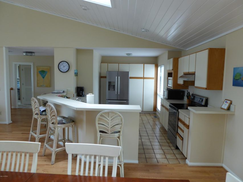 BHI (Bald Head Island) Real Estate - http://cdn.resize.sparkplatform.com/ncr/1024x768/true/20160722162557930628000000-o.jpg
