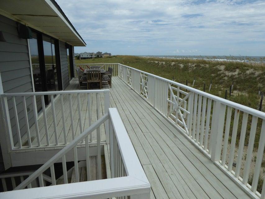 BHI (Bald Head Island) Real Estate - http://cdn.resize.sparkplatform.com/ncr/1024x768/true/20160722162758665070000000-o.jpg