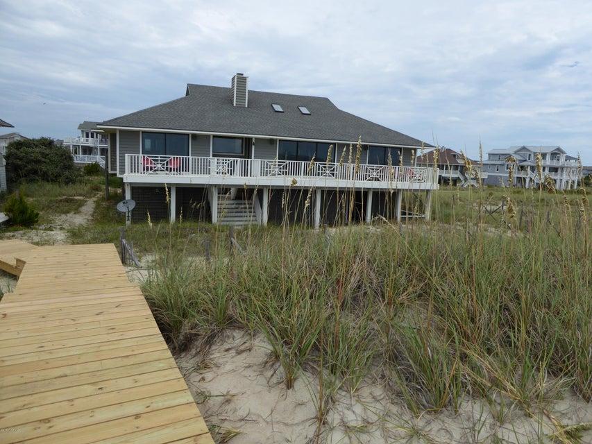 BHI (Bald Head Island) Real Estate - http://cdn.resize.sparkplatform.com/ncr/1024x768/true/20160722163040532371000000-o.jpg