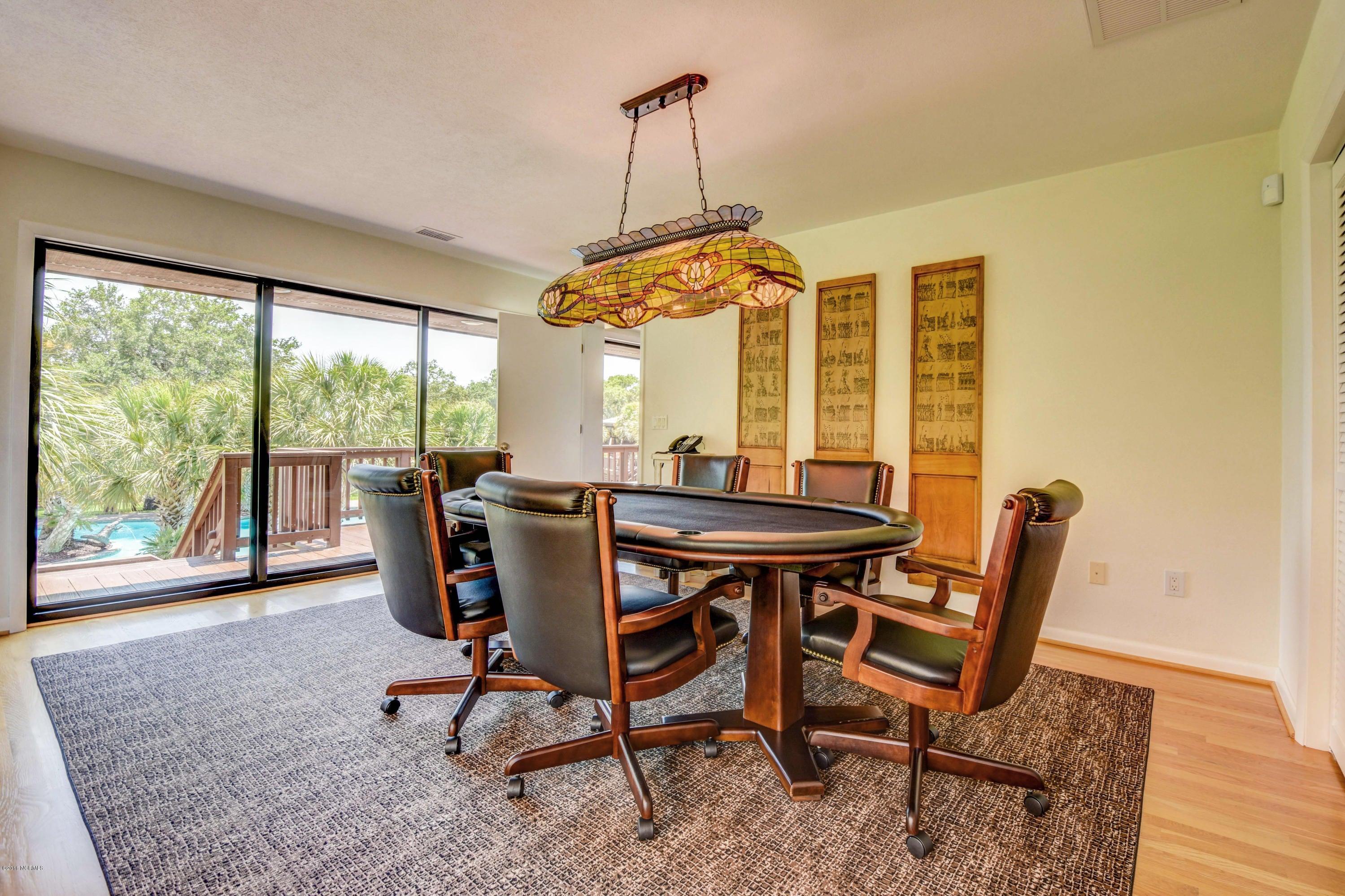 Inlet Point Harbor Real Estate - http://cdn.resize.sparkplatform.com/ncr/1024x768/true/20160722173022001635000000-o.jpg