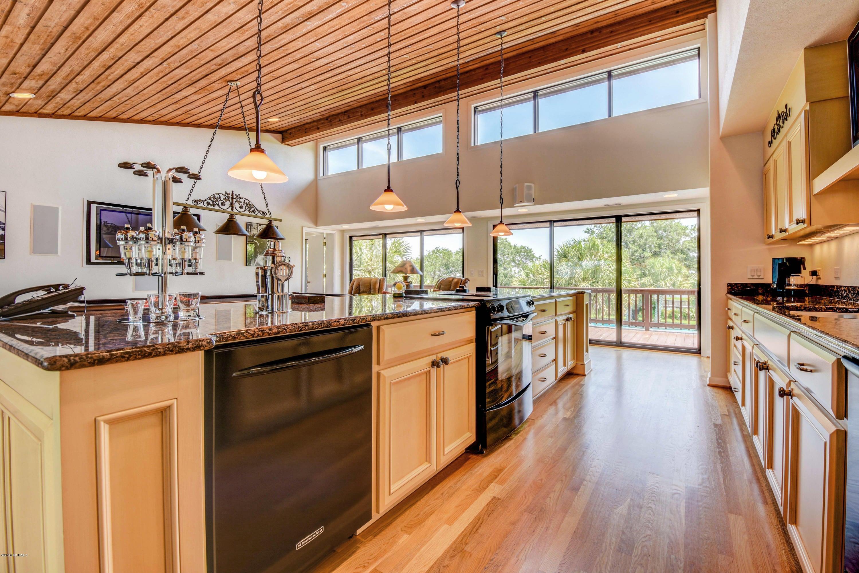Inlet Point Harbor Real Estate - http://cdn.resize.sparkplatform.com/ncr/1024x768/true/20160722173043040486000000-o.jpg