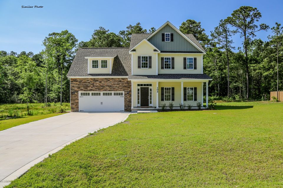 204 Stackleather Place, Sneads Ferry, NC 28460