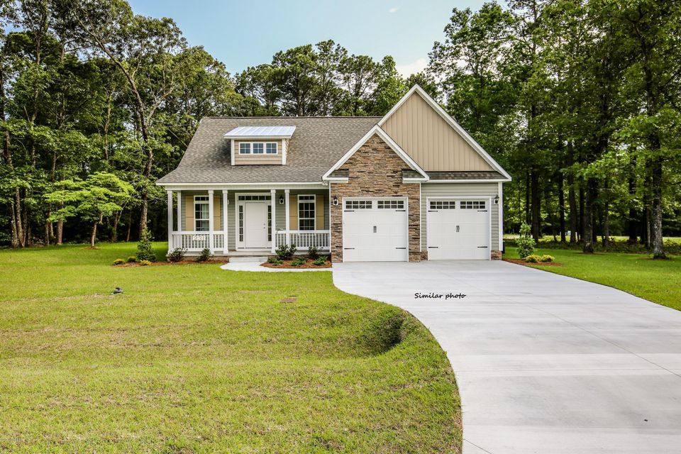 207 Stackleather Place, Sneads Ferry, NC 28460