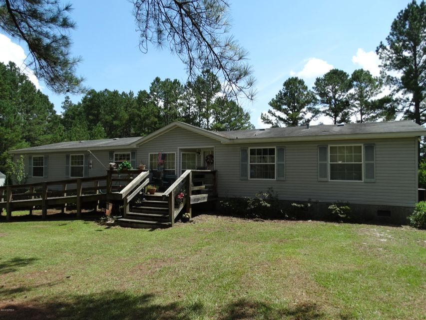 491 Woodpecker Parkway, Rocky Point, NC 28457