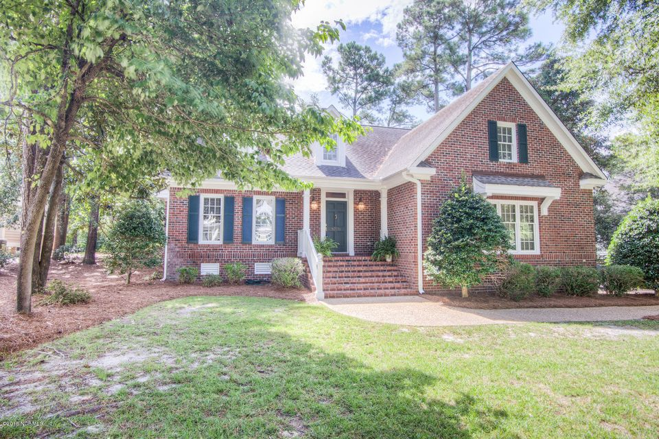 8708 Lincolnshire Lane, Wilmington, NC 28411
