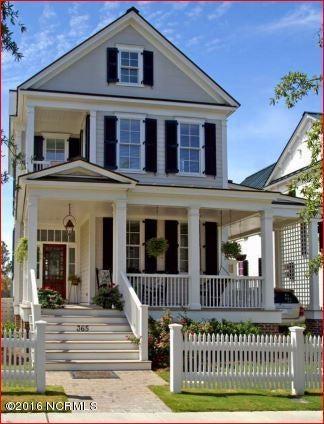 365 E Harborside Road, Oriental, NC 28571