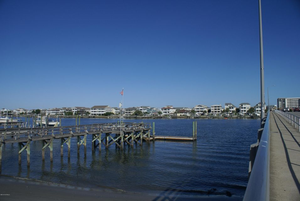 Harbor Inn Condominiums Real Estate - http://cdn.resize.sparkplatform.com/ncr/1024x768/true/20160830145919562932000000-o.jpg