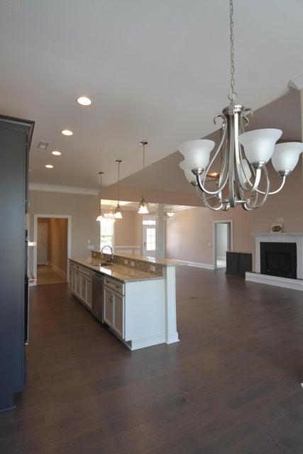 Brunswick Forest Real Estate - http://cdn.resize.sparkplatform.com/ncr/1024x768/true/20160901181200047282000000-o.jpg