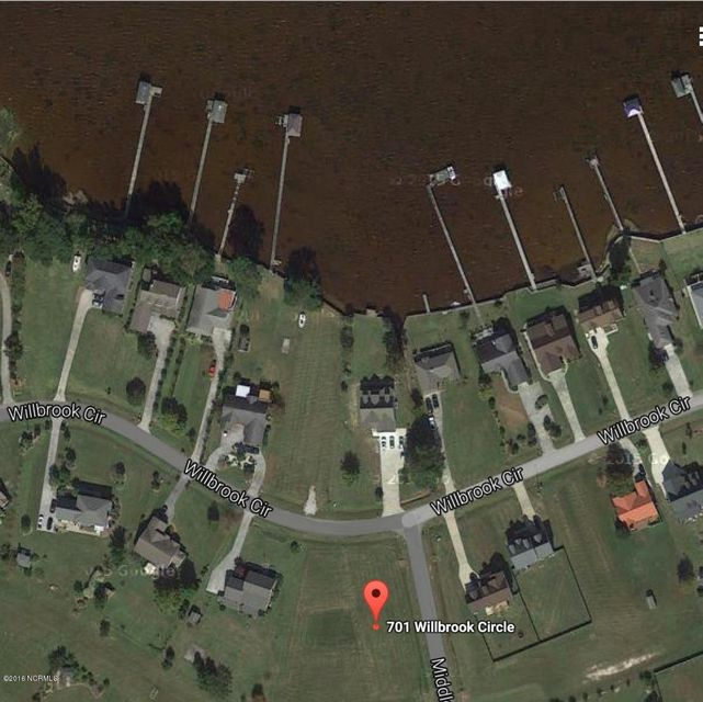 701 Willbrook Circle, Sneads Ferry, NC 28460