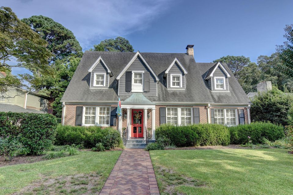 1217 Country Club Road, Wilmington, NC 28403
