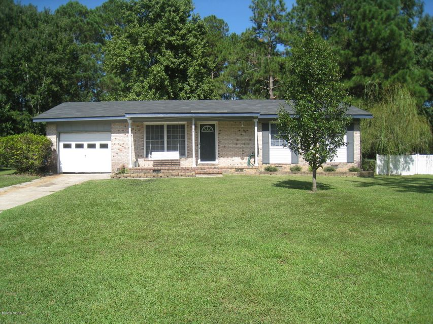 104 Pineview Road, Jacksonville, NC 28546