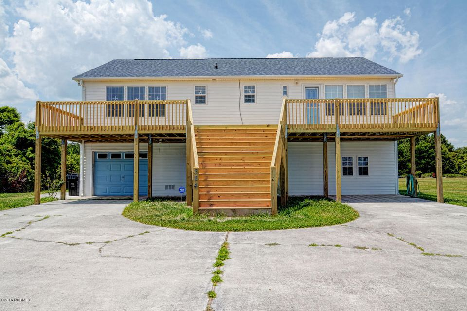 324 Grandview Drive, Sneads Ferry, NC 28460