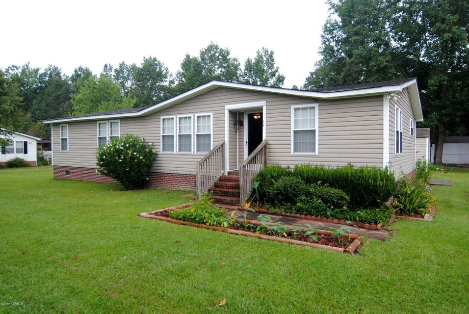 130 Woodhaven Drive, Rocky Point, NC 28457