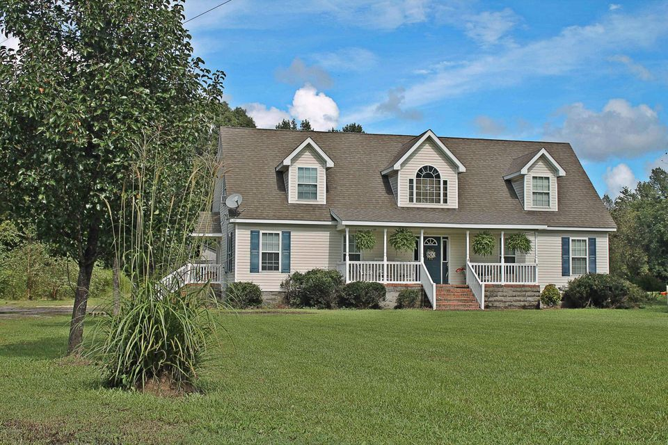 Property for sale at 1801 Cutchin Farm Road, Tarboro,  NC 27886