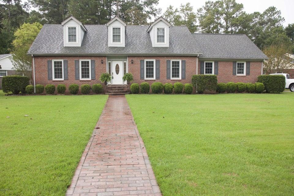 117 Robinhood Drive, Jacksonville, NC 28546