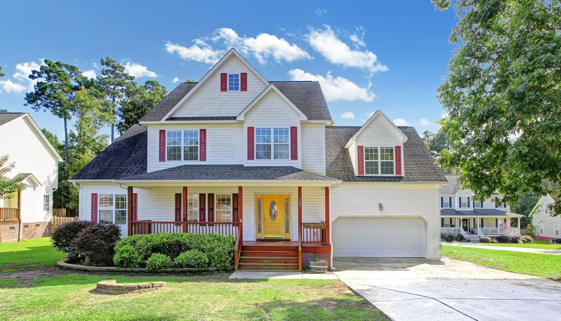 329 Osprey Point Drive, Sneads Ferry, NC 28460