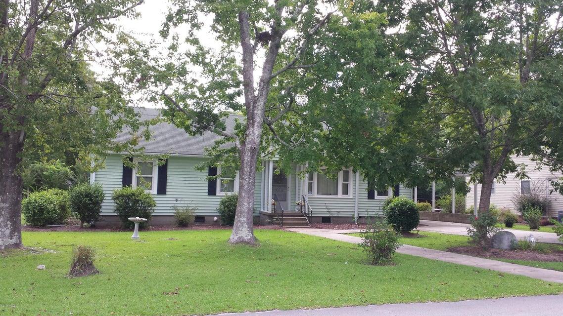 1617 New Bern Street, Newport, NC 28570
