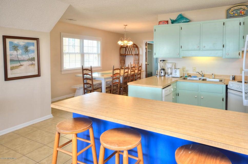 Robinson Beach Real Estate - http://cdn.resize.sparkplatform.com/ncr/1024x768/true/20161017154431180349000000-o.jpg