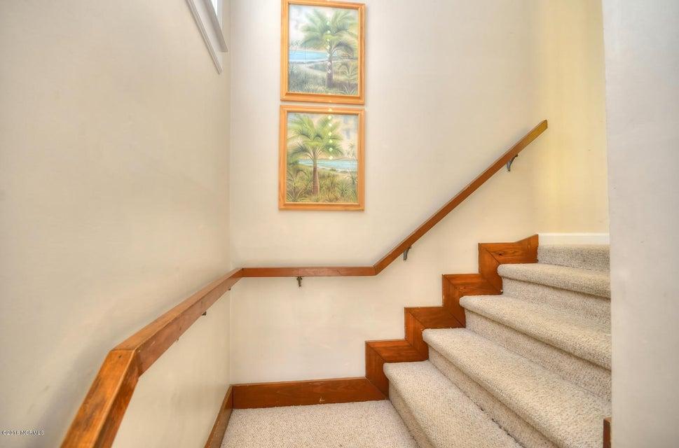 Robinson Beach Real Estate - http://cdn.resize.sparkplatform.com/ncr/1024x768/true/20161017154635582593000000-o.jpg