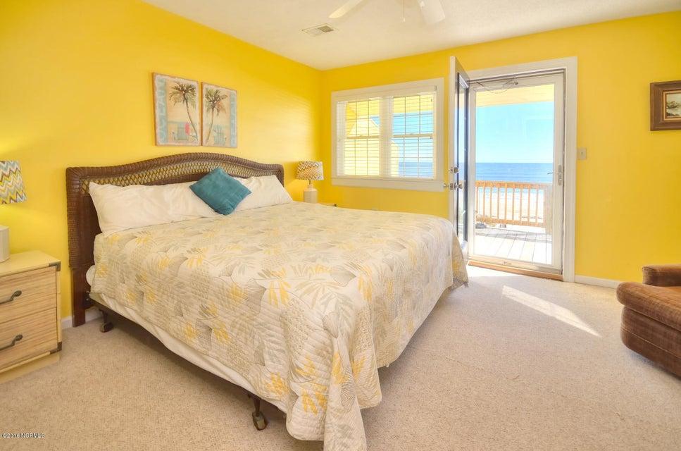 Robinson Beach Real Estate - http://cdn.resize.sparkplatform.com/ncr/1024x768/true/20161017154637549270000000-o.jpg