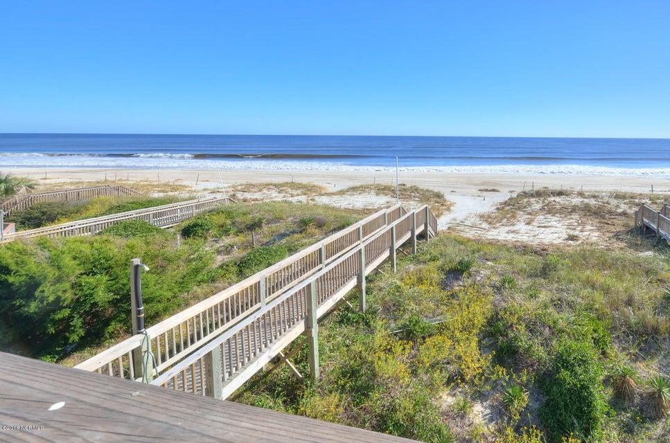 Robinson Beach Real Estate - http://cdn.resize.sparkplatform.com/ncr/1024x768/true/20161017154641100024000000-o.jpg