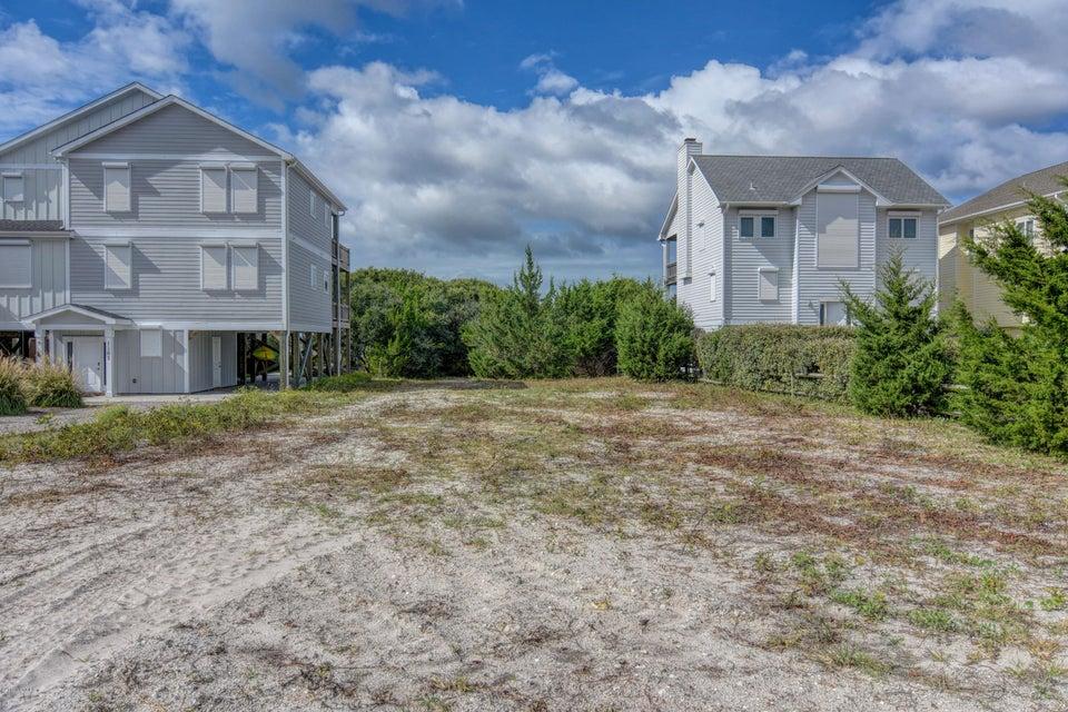 1160 Monroe Lane, Topsail Beach, NC 28445