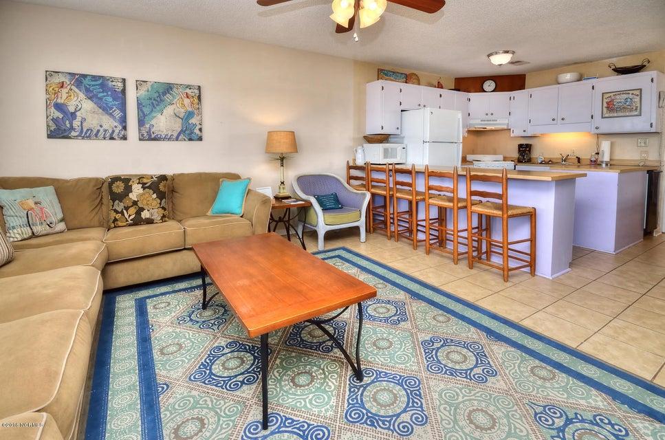 Robinson Beach Real Estate - http://cdn.resize.sparkplatform.com/ncr/1024x768/true/20161017155243065684000000-o.jpg