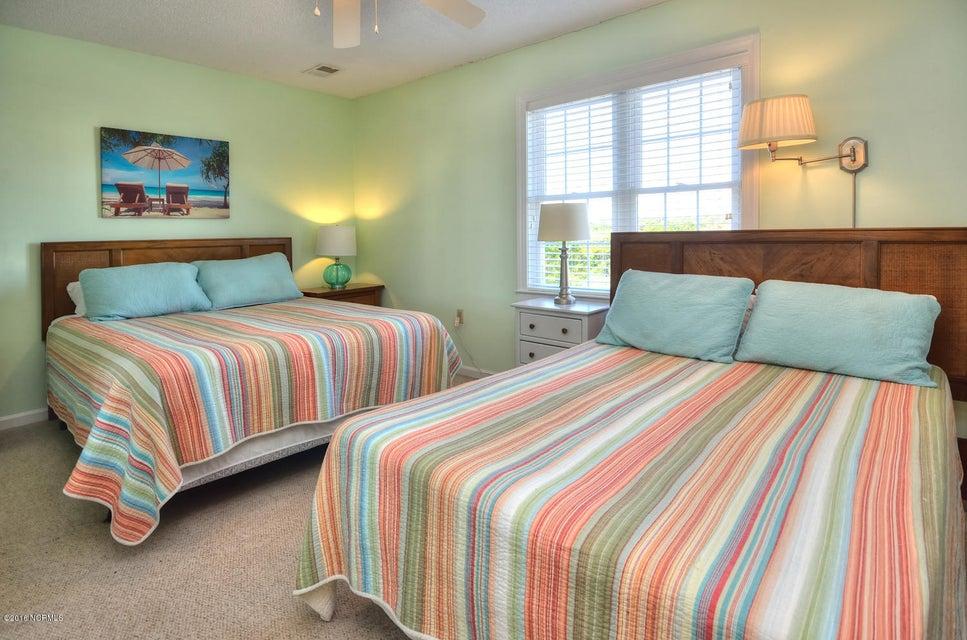Robinson Beach Real Estate - http://cdn.resize.sparkplatform.com/ncr/1024x768/true/20161017155517621426000000-o.jpg