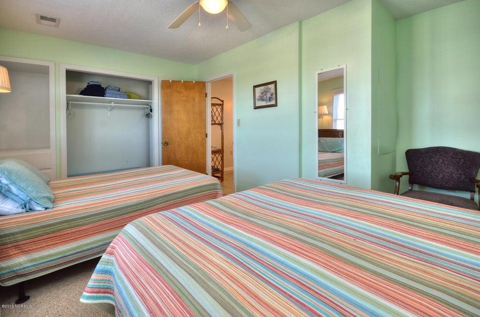Robinson Beach Real Estate - http://cdn.resize.sparkplatform.com/ncr/1024x768/true/20161017155518892786000000-o.jpg
