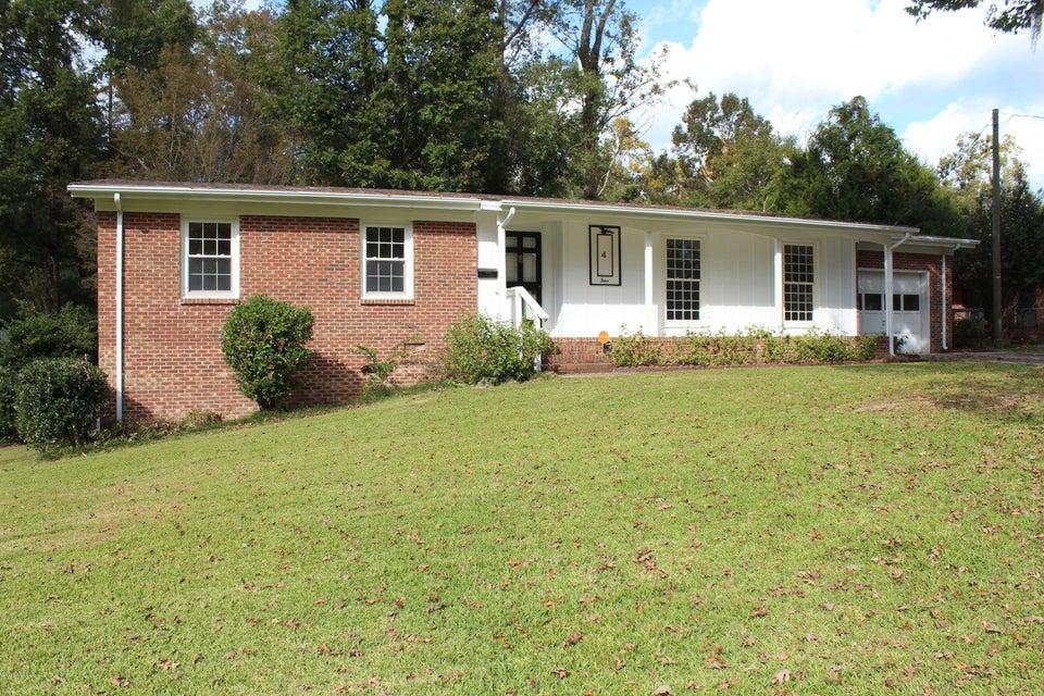 4 Laran Road, Jacksonville, NC 28540