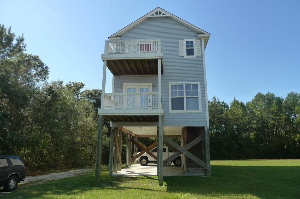 671 Canady Road, Sneads Ferry, NC 28460