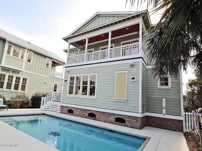 Seagrove Real Estate - http://cdn.resize.sparkplatform.com/ncr/1024x768/true/20161103125737660602000000-o.jpg