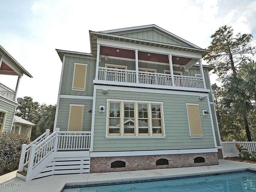 Seagrove Real Estate - http://cdn.resize.sparkplatform.com/ncr/1024x768/true/20161103125739871664000000-o.jpg