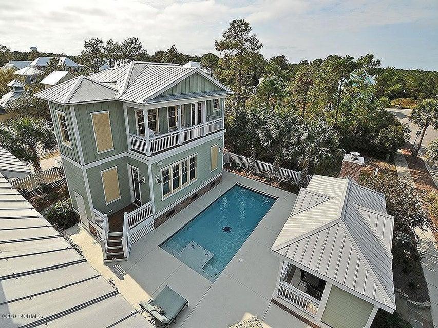 Seagrove Real Estate - http://cdn.resize.sparkplatform.com/ncr/1024x768/true/20161103125741226129000000-o.jpg