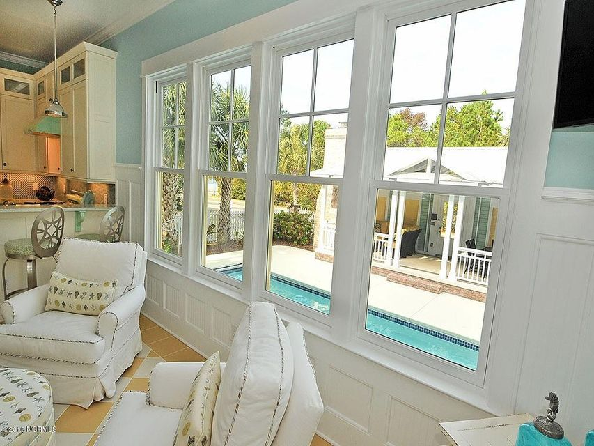Seagrove Real Estate - http://cdn.resize.sparkplatform.com/ncr/1024x768/true/20161103125810836327000000-o.jpg