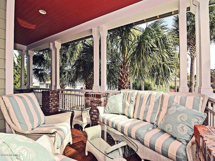 Seagrove Real Estate - http://cdn.resize.sparkplatform.com/ncr/1024x768/true/20161103131915439113000000-o.jpg