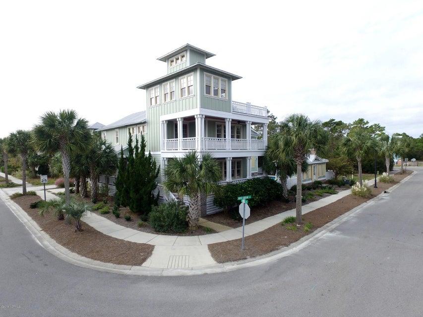1302 Spot Lane,Carolina Beach,North Carolina,5 Bedrooms Bedrooms,16 Rooms Rooms,4 BathroomsBathrooms,Single family residence,Spot,100036069