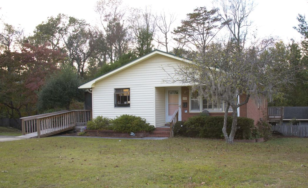 239 Hollywood Boulevard, Havelock, NC 28532