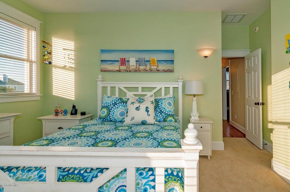 BHI (Bald Head Island) Real Estate - http://cdn.resize.sparkplatform.com/ncr/1024x768/true/20161116171130660244000000-o.jpg