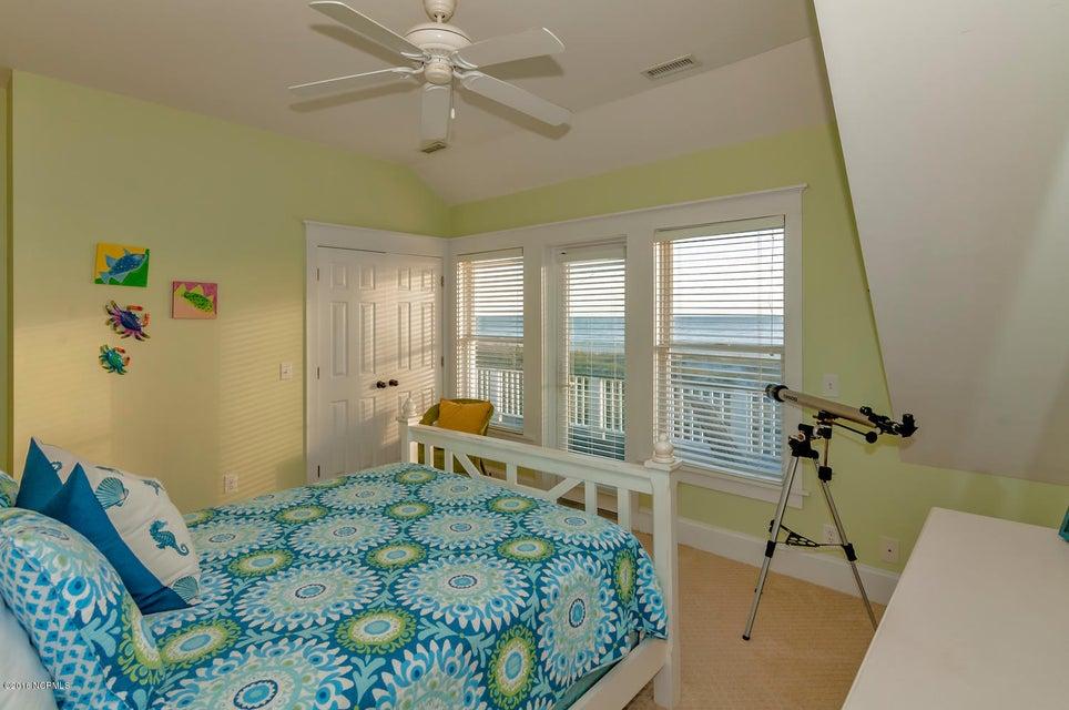 BHI (Bald Head Island) Real Estate - http://cdn.resize.sparkplatform.com/ncr/1024x768/true/20161116171132512771000000-o.jpg