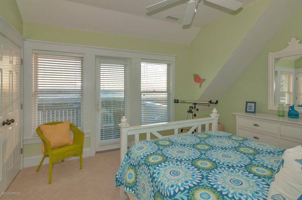 BHI (Bald Head Island) Real Estate - http://cdn.resize.sparkplatform.com/ncr/1024x768/true/20161116171135959656000000-o.jpg