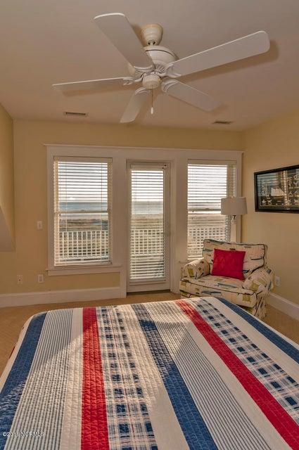 BHI (Bald Head Island) Real Estate - http://cdn.resize.sparkplatform.com/ncr/1024x768/true/20161116171154670474000000-o.jpg