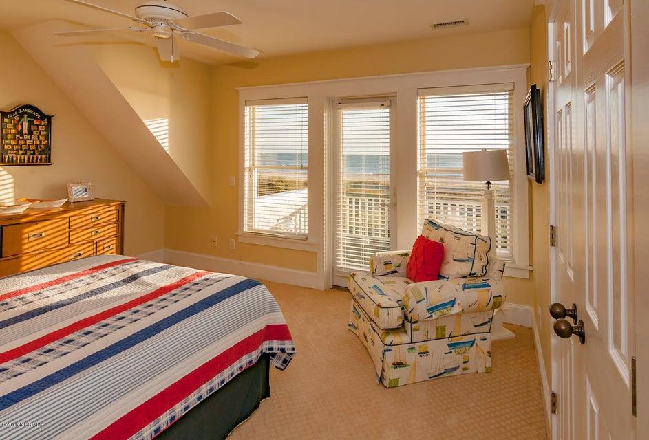 BHI (Bald Head Island) Real Estate - http://cdn.resize.sparkplatform.com/ncr/1024x768/true/20161116171156982897000000-o.jpg